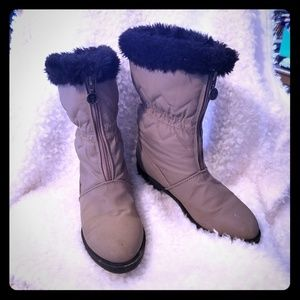 Etienne Aigner Size 6M Ice 2 Boots